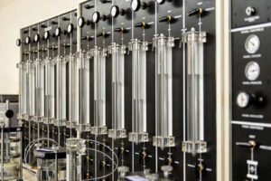 Laboratory equipment for materials testing